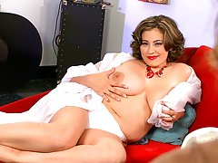 Fat chick topless milf HQ videos busty fats