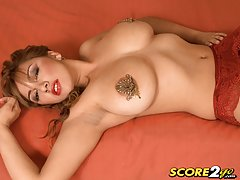 Plumper girl Big busty momporn sex video busty fats