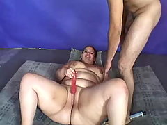 Breasty fat girl gets oral pleasure busty fats