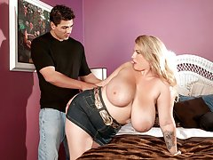 Big girl bigtitts momsex HQ video busty fats